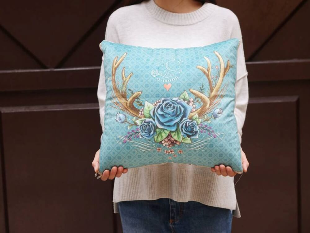 cushion-Rose deer (Custom)